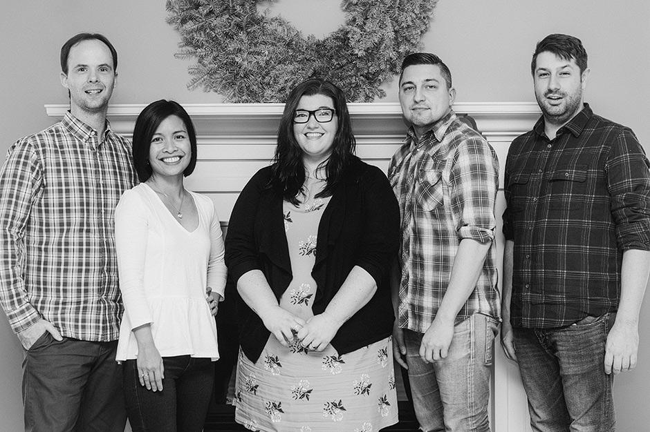 The creditcardGenius Team
